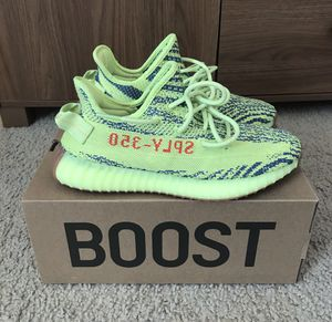 Yeezy 350 V2 Frozen Yellow for Sale in Silver Spring, MD