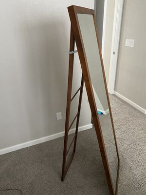 Photo Full length mirror with ladder stand