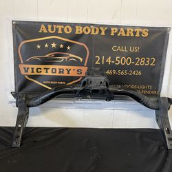 """Draw-Tite 2"""" Tube Rear Receiver Hitch for 19-20 Silverado - Sierra 1(contact info removed)6 Thumbnail"""