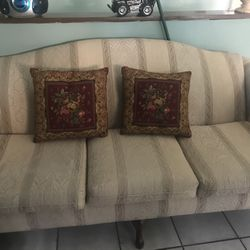 Matching Couch and Chair Thumbnail