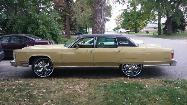 75 Lincoln Town Car On 26s For Sale In Country Club Hills Il Offerup
