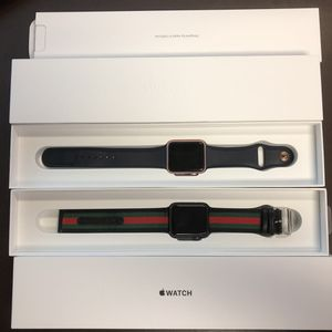 Two Apple watches for Sale in Buena Ventura Lakes, FL