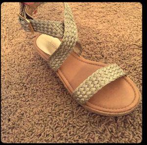 Super cute gold sandals, size 8 for Sale in Nashville, TN