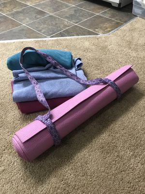 Yoga mat with handles and 3 mat towel for Sale in Seattle, WA