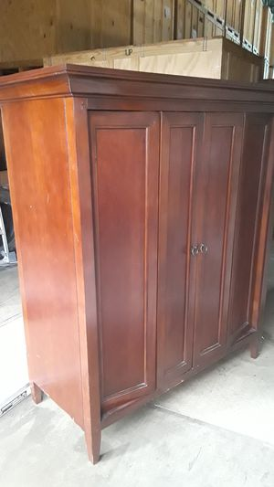 Tv cabinet entertainment center for Sale in Sterling, VA