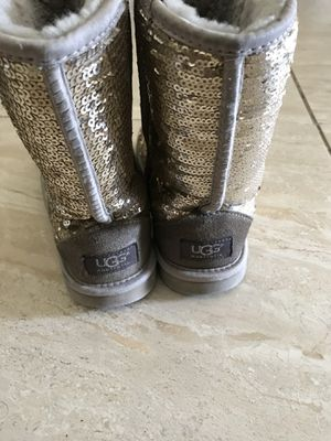 53e696aeaee New and Used Ugg for Sale in Palm Bay, FL - OfferUp