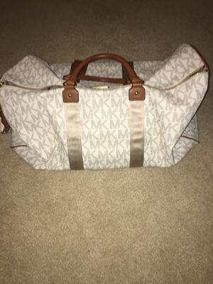 Michael Kors XL duffle bag. for Sale in Alexandria, VA