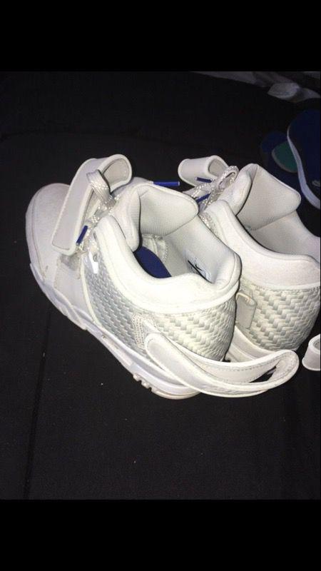 66f4bbb3ecd19 Nike air Trainer Cruz Sz 8 for Sale in Charlotte