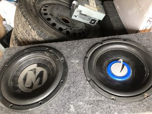 Photo 2-10 inch Subs with Pioneer 760 watt amp