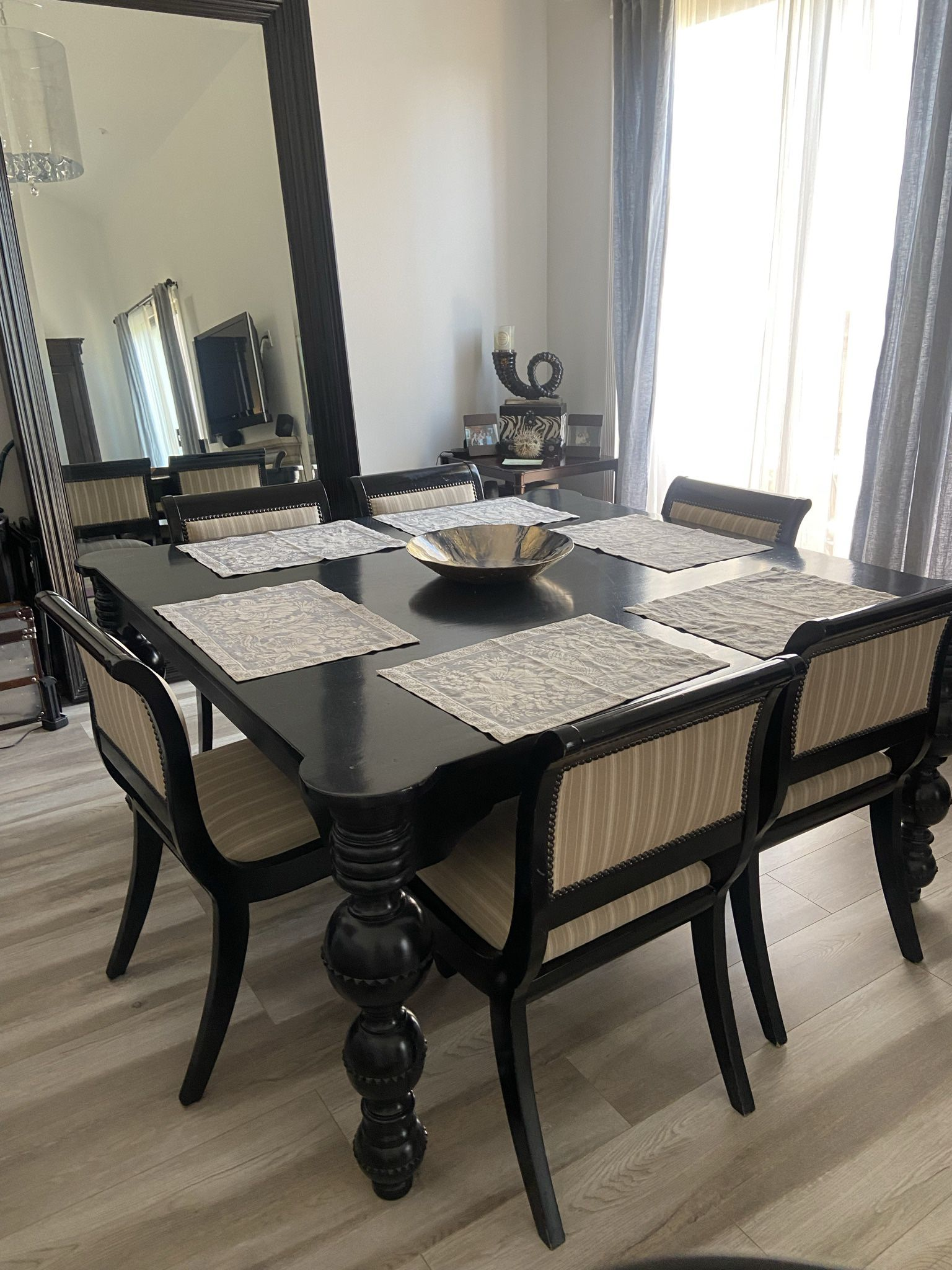Moving Dining Room Table Only, Dining Room Furniture Los Angeles California