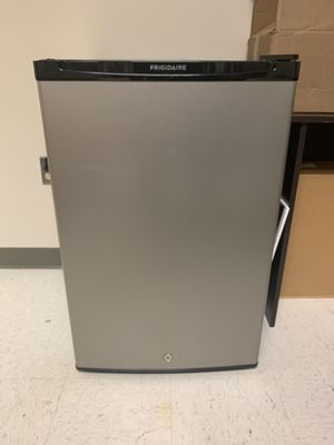 Frigidaire mini fridge with freezer compartment for Sale in Chevy Chase Village, MD