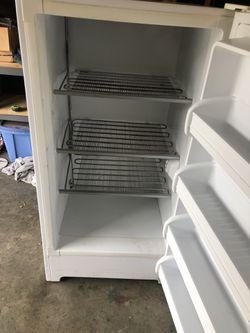 Upright freezer Thumbnail