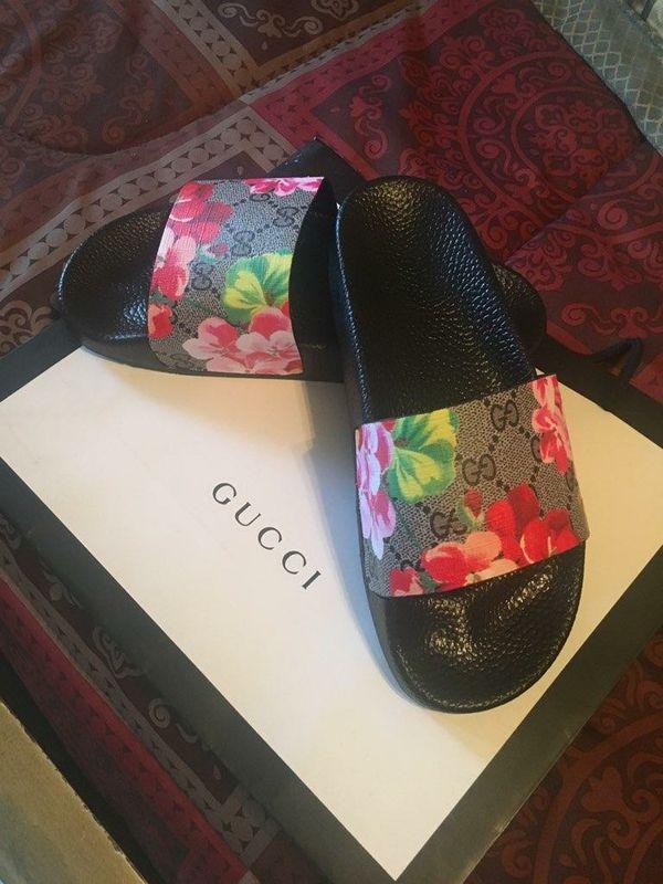 9b9785281 Gucci slides for Sale in Boca Raton, FL - OfferUp