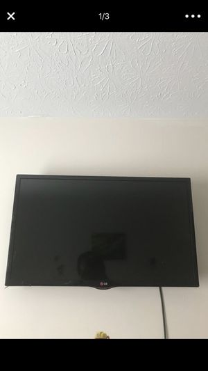 32in tv for Sale in Columbus, OH