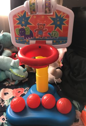 Baby basketball toy for Sale in Chula Vista, CA