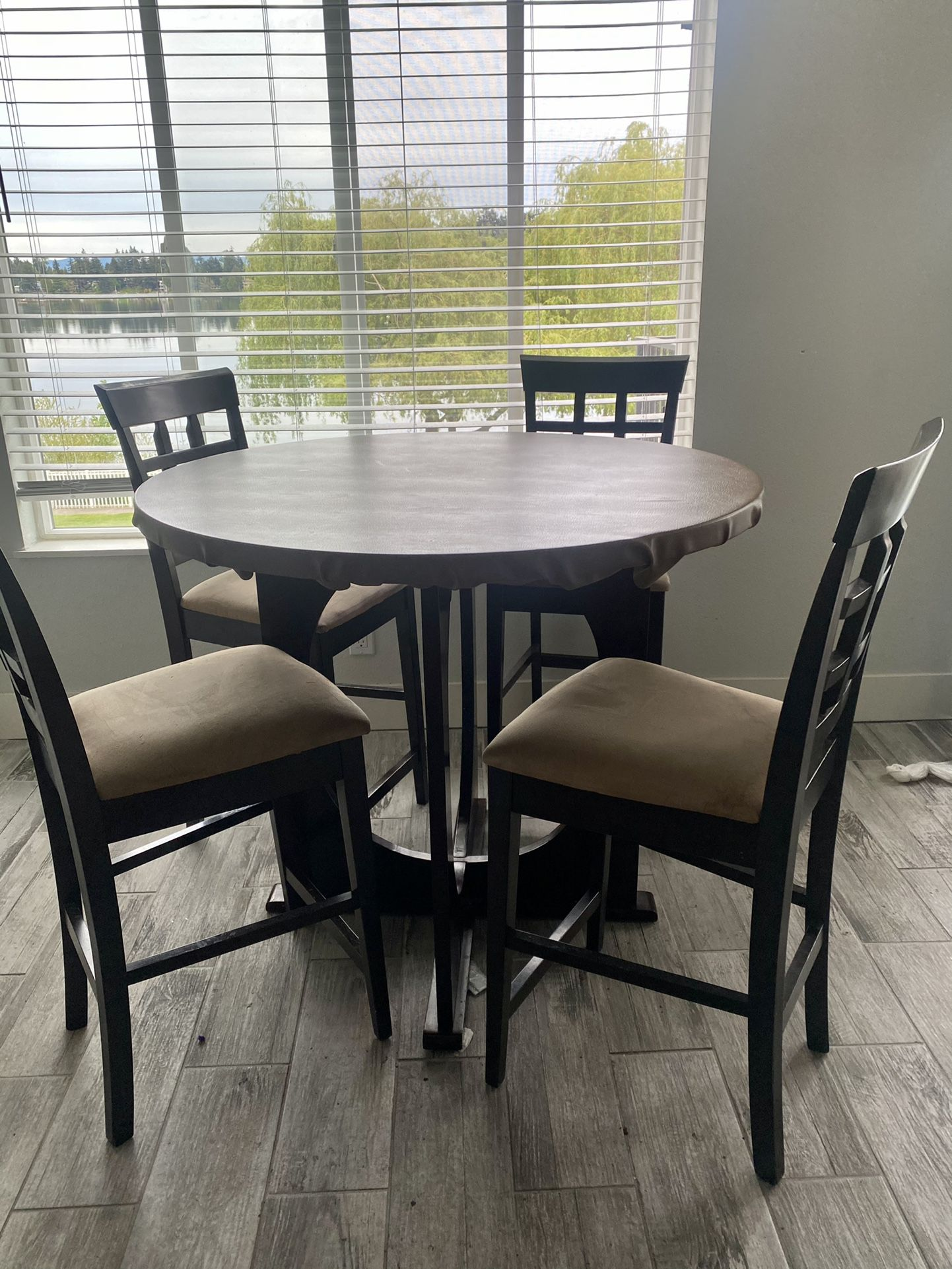 Tall Dinning Table