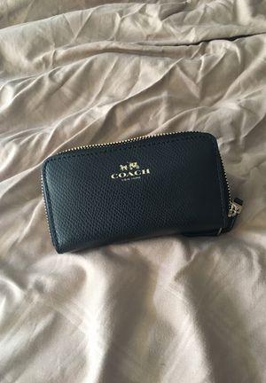 Coach wallet for Sale in Orlando, FL