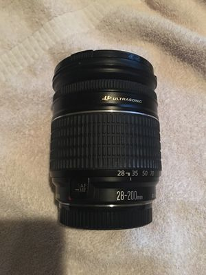 CANON Zoom Lens 28-200mm 1:3.5-5.6 USM 0.45m/1.5ft ULTRASONIC for Sale in View Park-Windsor Hills, CA