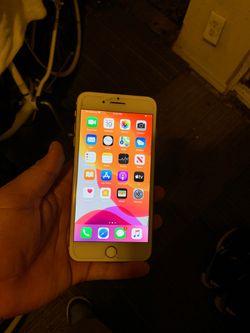 iPhone 8 + Thumbnail