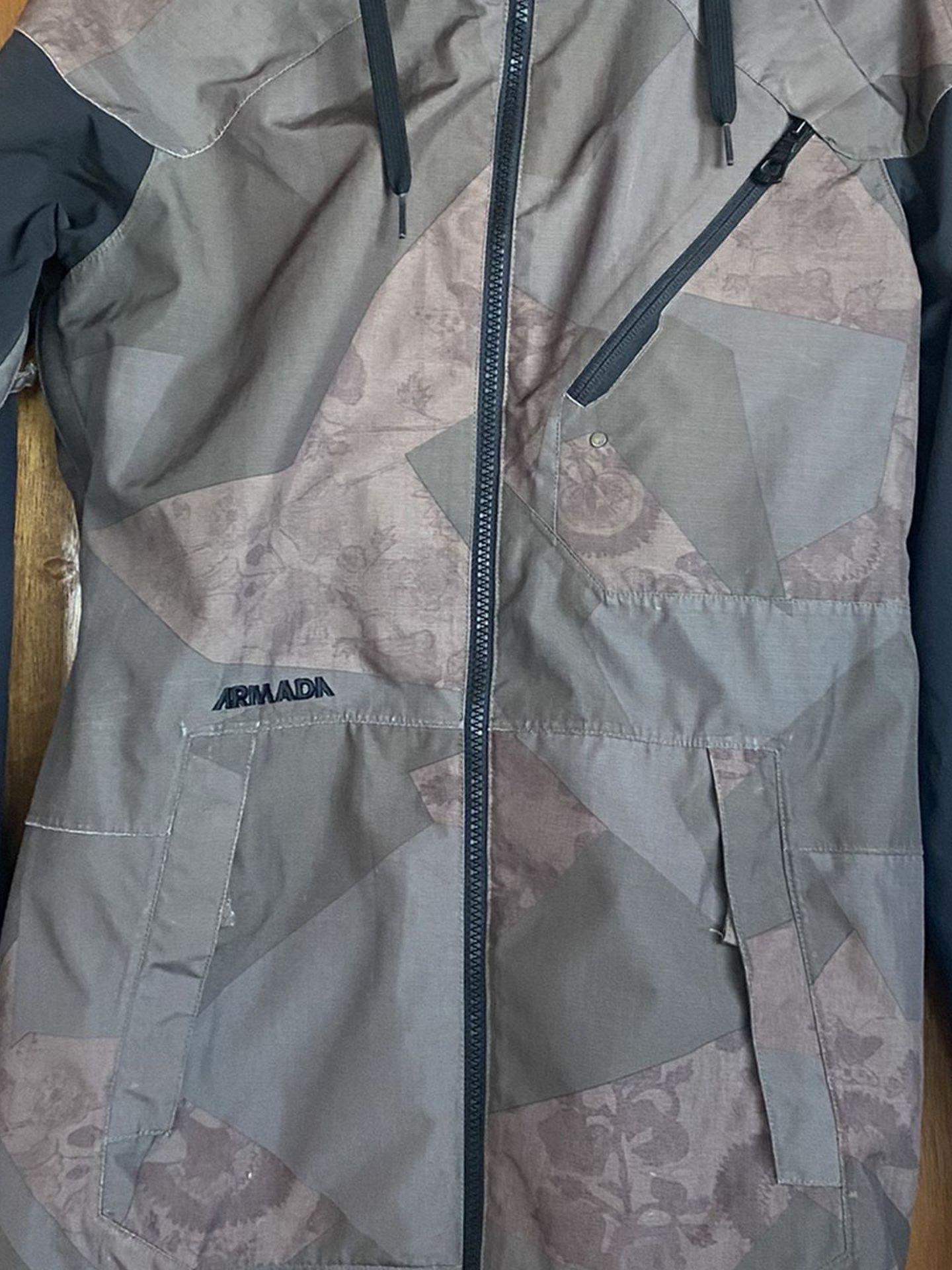 Armada Women's Ski/Snowboard Jacket Size S
