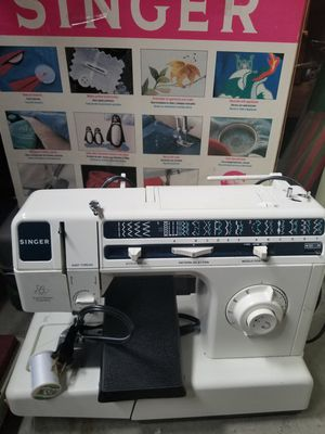 40 Singer Sewing Machine Model 40 With Case For Sale In Midlothian Cool Singer 40 Stitch Sewing Machine