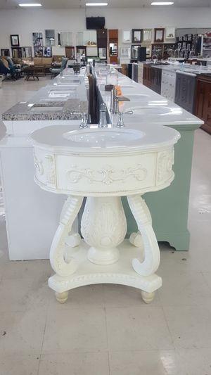 32 inch elegant vanity for Sale in Orlando, FL