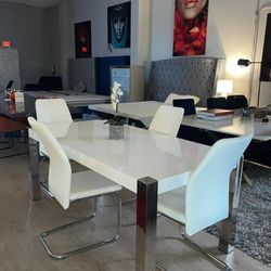 Dining Set º Financing Available  Thumbnail