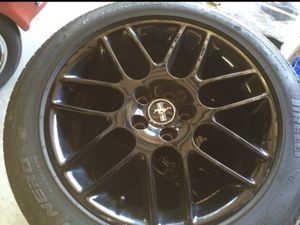 Photo 18 inch mustang rims, perelli tires
