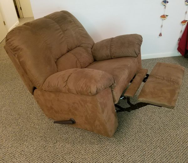 Awe Inspiring New And Used Recliner For Sale In Roanoke Va Offerup Caraccident5 Cool Chair Designs And Ideas Caraccident5Info