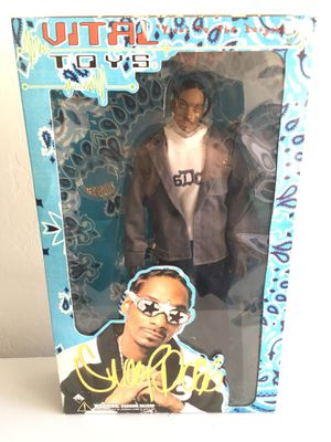 ($20) Snoop Dogg Figure/doll Vital Toys (like New) rare. for Sale in Phoenix, AZ