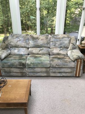 Reclining sofa for Sale in Frederick, MD