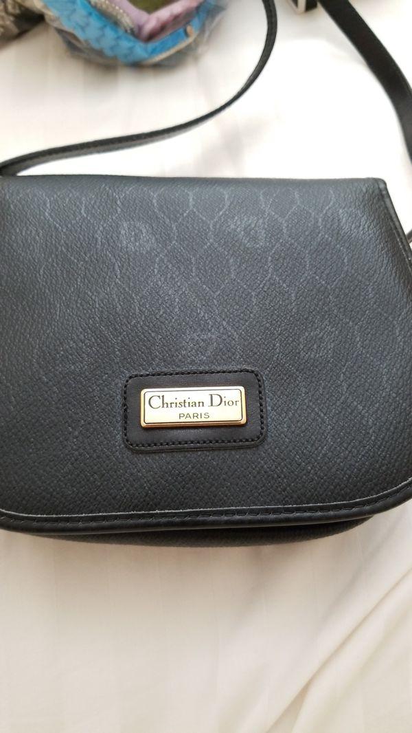 d21c34ff4ea3 Christian Dior sling bag for Sale in Oxnard