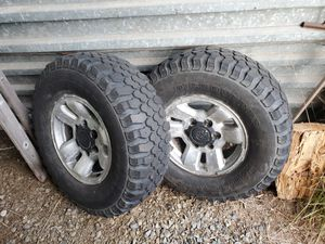 Photo Toyota wheels with 31x10.50R15