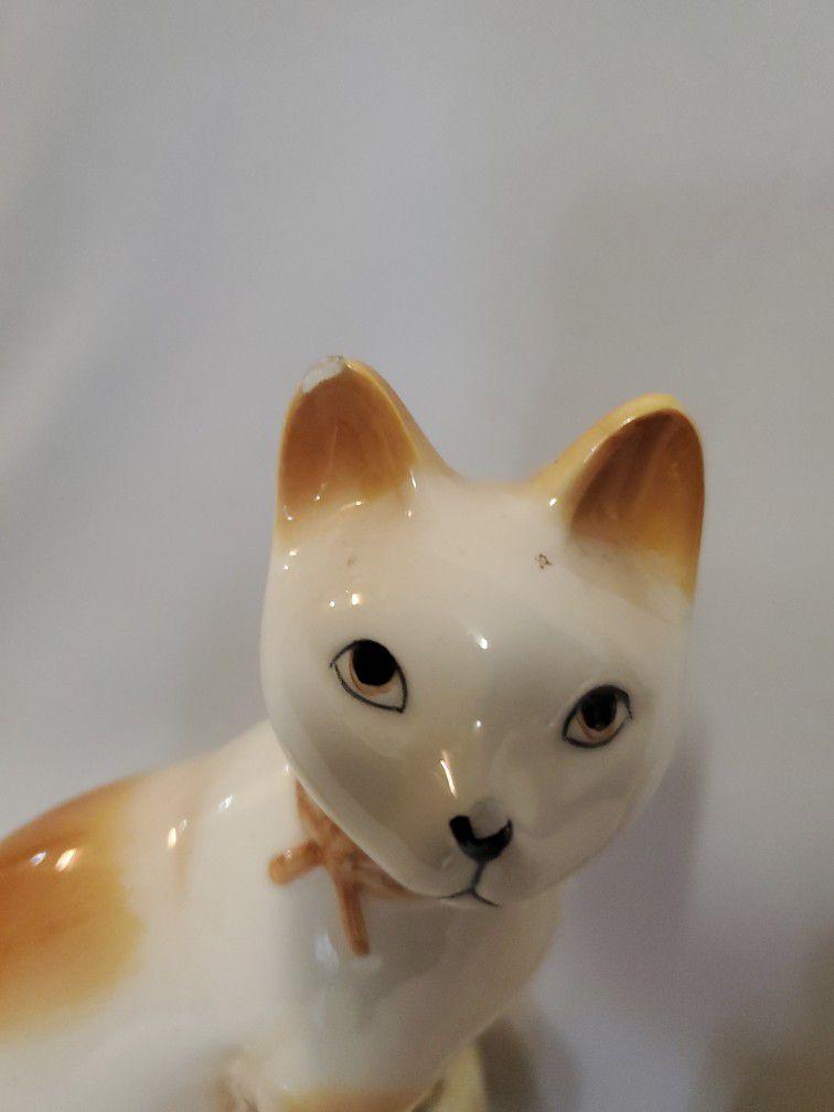 Cat Figure Glass Statue