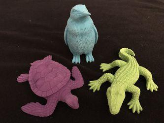 Set of 3 New Animal Erasers Thumbnail