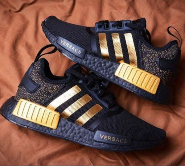 Nc Sale Adidas In Offerup Nmd Custom For Point High R1 Versace OxfqOzZ