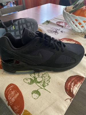 "Photo Nike Air Max ""Black Ops"""