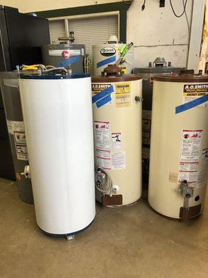 Gas water heater 6 months warranty !free Sand! 3533 pitluk av 21o4214860 for Sale in San Antonio, TX