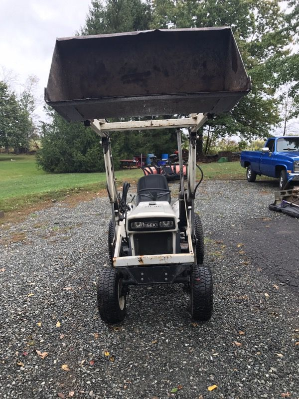 Bolens H1502 Diesel Loader Tractor for Sale in East Greenville, PA - OfferUp