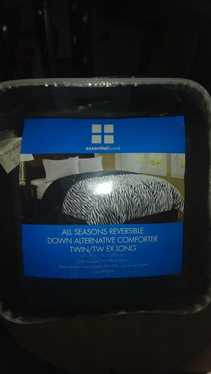 Twin comforter for Sale in Harrison City, PA