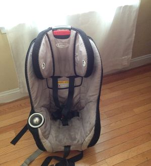 Graco car seat infant to kid 4pounds to 65 for Sale in Capitol Heights, MD