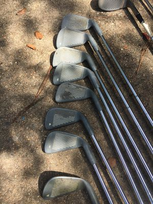 Women's left hand golf clubs complete set for Sale in Houston, TX