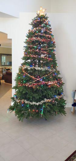 10 ft Christmas tree with bag Thumbnail