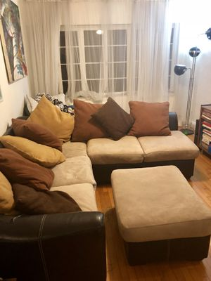 *BEAUTIFUL SOFA SECTIONAL* for Sale in Miami, FL