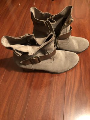 7ae0693a12d Size 8 1 2 Women s Leather Boots for Sale in Tustin