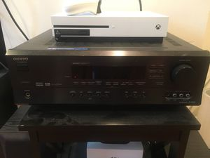 Onkyo HT-R500 receiver, speakers and sub for Sale in Washington, DC