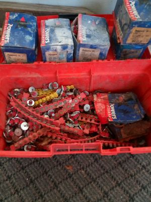 """Powers brand Drive pins 3/4"""" and anchors 5/8 """" + 4 boxes of 3/4"""" Drive Pins for Sale in Clermont, FL"""