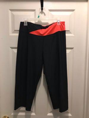 Black Cropped Leggings (L) for Sale in Stafford, VA