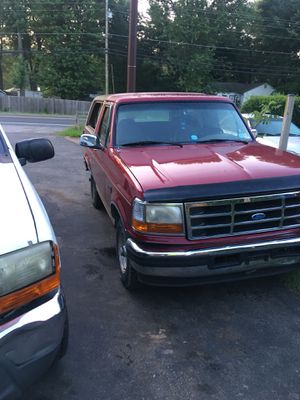 Ford bronco ford. Expedition ford f 250 enclosed trailer for Sale in Manassas, VA