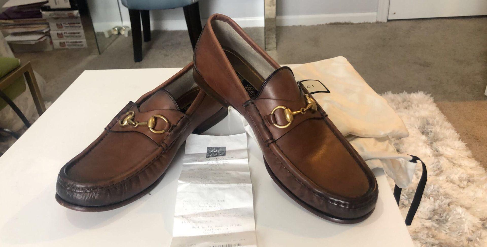 GUCCI 1953 Horsebit Leather Loafer. Men. Size 9